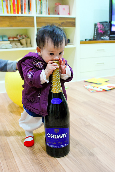 小寶與CHIMAY奇美藍