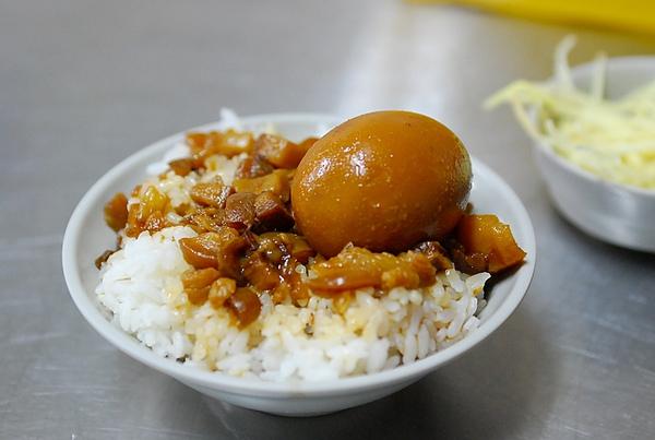 東門路台灣牛肉湯