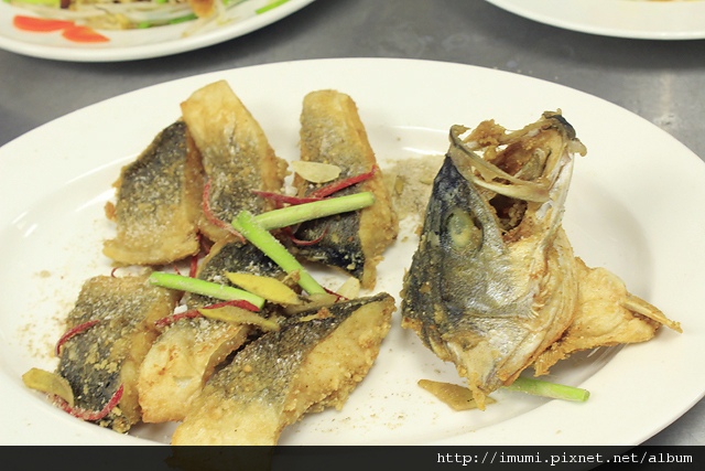 椒鹽鱸魚塊