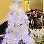 13 麻吉影城聖誕樹其二,藍紫色聖誕樹真有氣質
