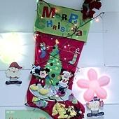 38.米奇米妮的聖誕樹!這是在公司附近的早餐店,佈置得很不錯呢~