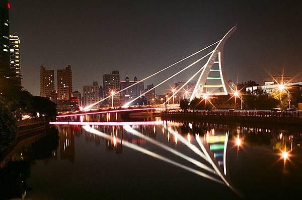 臨安橋--電影總舖師景點