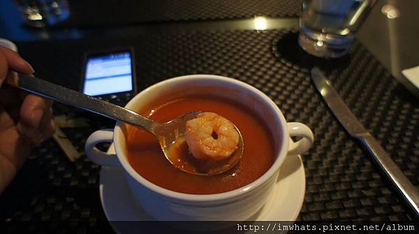 異料理羅勒鮮蝦番茄湯.JPG