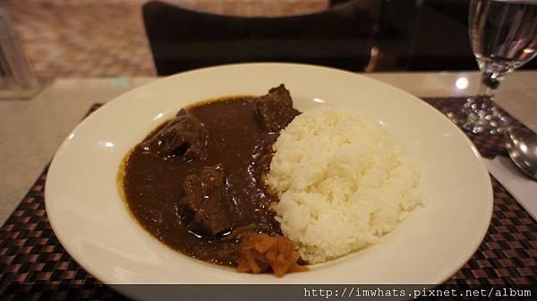 東京咖哩牛肉咖哩.JPG