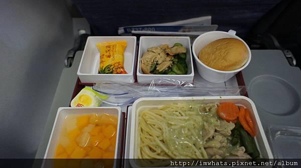 河內機場與飛機餐DSC09885.JPG