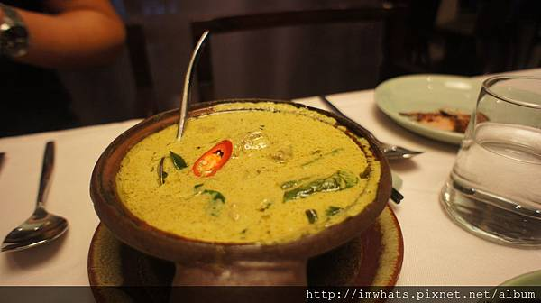 sukhothai椰汁綠咖哩牛