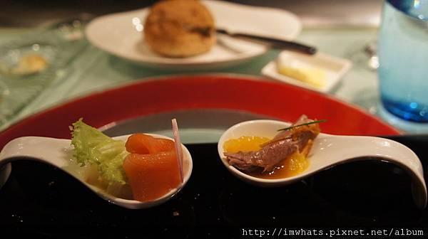 夏慕尼煙燻鮭魚蘋果酸豆及橙香油封鴨