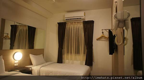 tune hotel asokeDSC08346