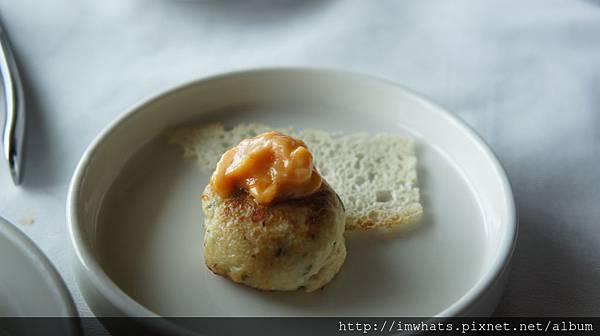 日月千禧馬里蘭蟹肉餅.JPG