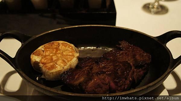 A cut和牛後腰上蓋肉.JPG