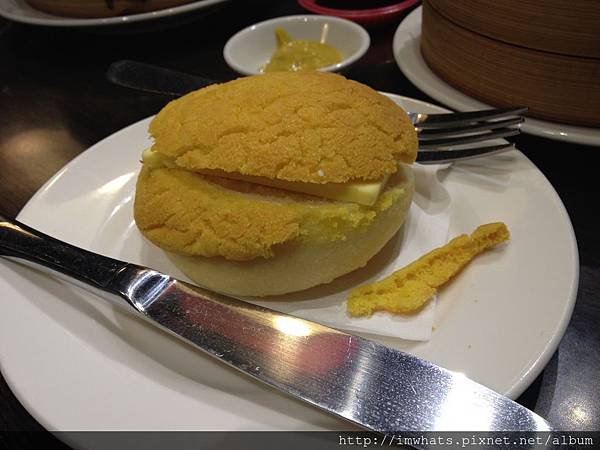 金鐘香港茶餐廳冰火菠蘿油.JPG