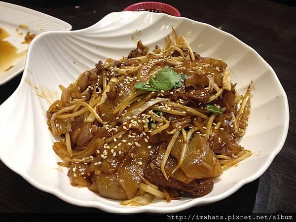 金鐘香港茶餐廳乾炒牛河.JPG