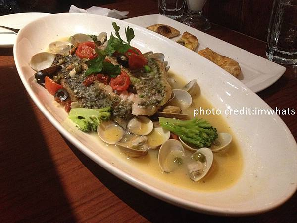 古拉爵義式鮮魚燉煮.JPG