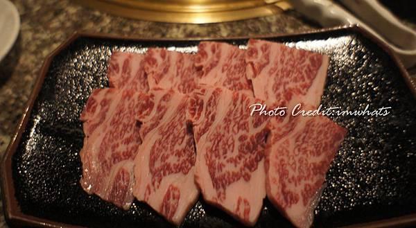 八重山燒肉石垣牛肋排肉.JPG