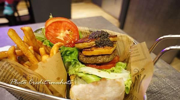 burger rayDSC06293.JPG