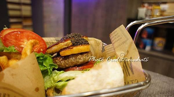 burger rayDSC06295.JPG