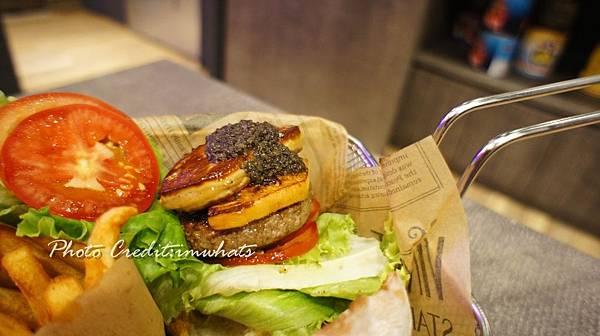 burger rayDSC06296.JPG