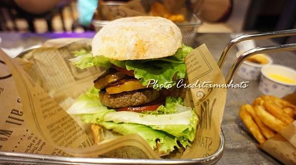 burger ray心臟病堡.JPG