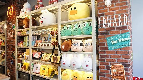 line friend store cafeDSC07880.JPG