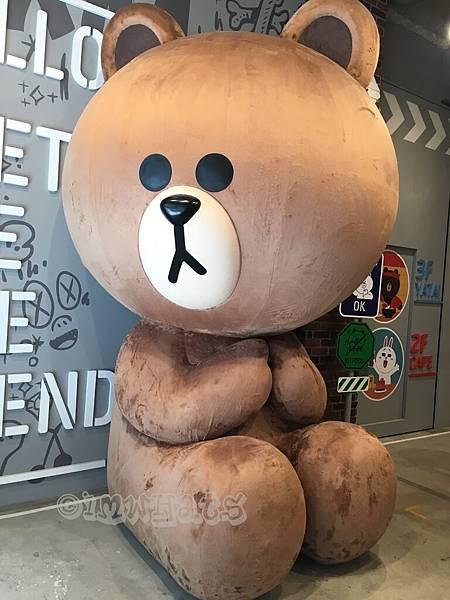 line friend store cafeIMG_2321.JPG