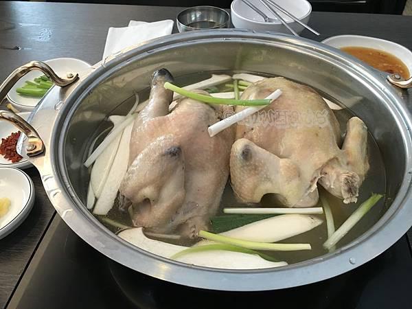 孔陵一隻雞IMG_2526.JPG