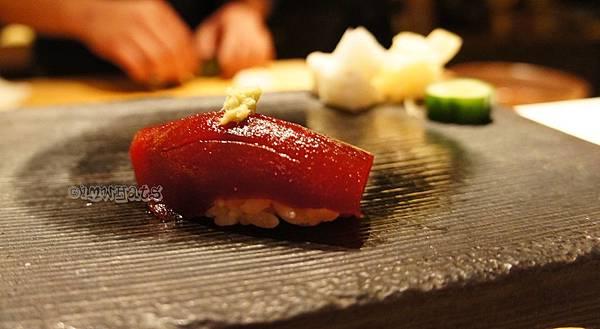 允壽司醬油漬鮪魚握壽司.JPG