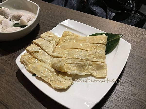 粵式豬肚煲鍋豆包.JPG