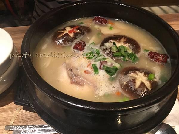 北村豆腐家人參雞湯.JPG