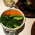 教父牛排雞湯煨蔬菜.JPG