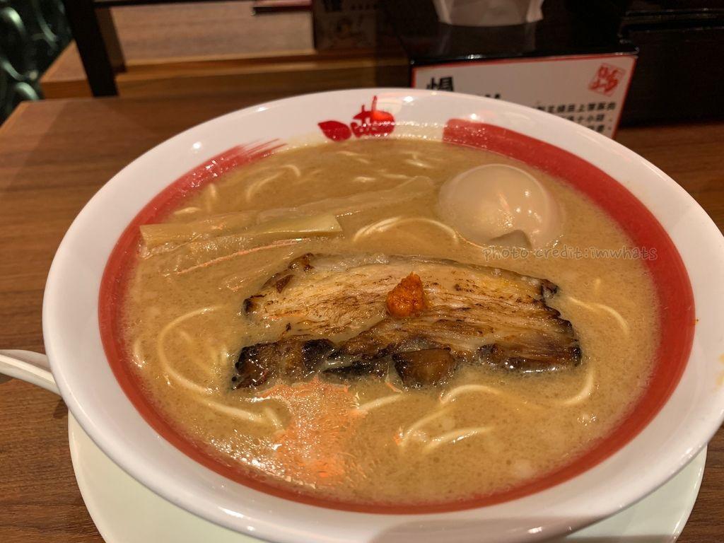 炙燒豚肉味玉拉麵.JPG