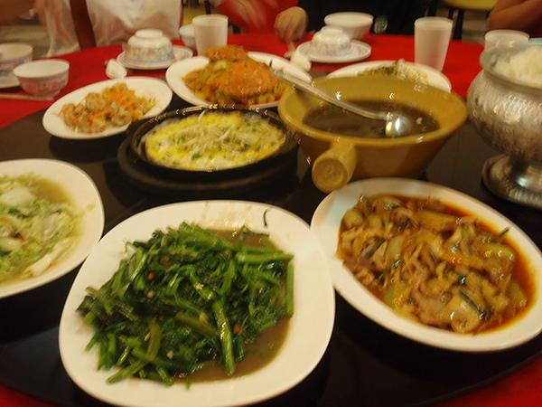 第一天晚餐in人妖秀