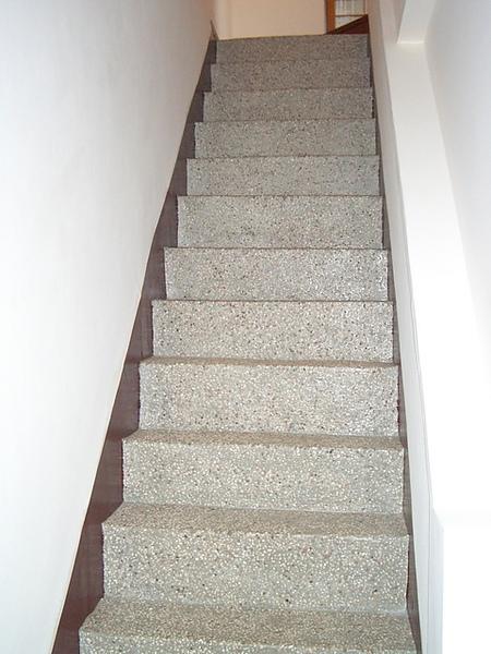上樓的樓梯