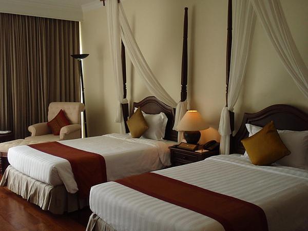 寬敞的飯店房間