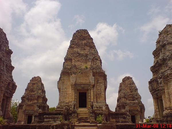 東美蓬寺(east mebon)