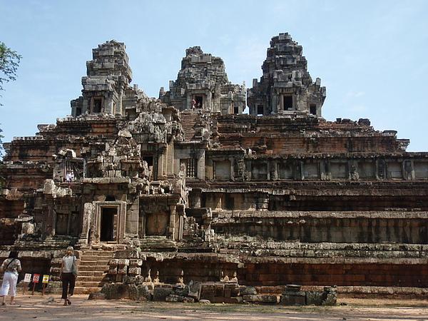 塔凱歐-未完成的神廟