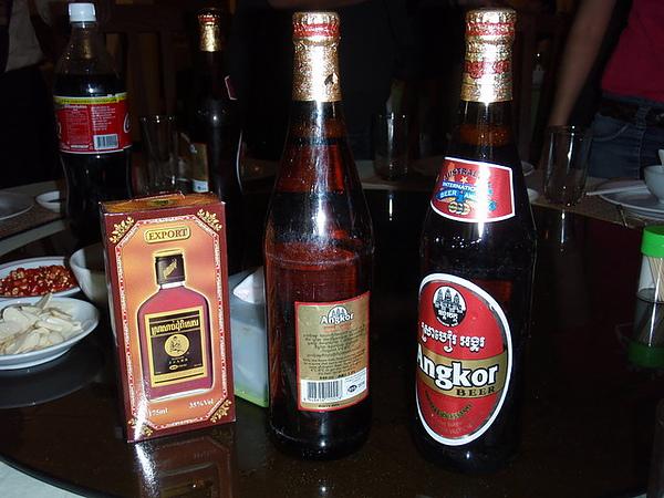 大力士補酒與吳哥啤酒