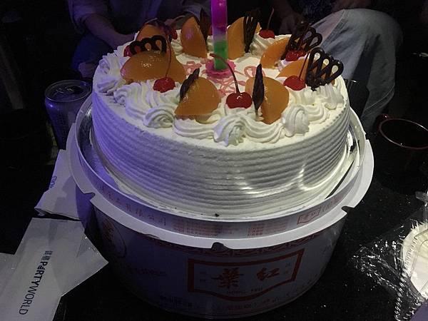 重要意涵難以言喻的蛋糕XD