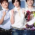 130321 記者會 新聞圖(Hoya&SJ&WH) (2)
