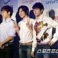 130321 記者會 新聞圖(Hoya&SJ&WH) (3)