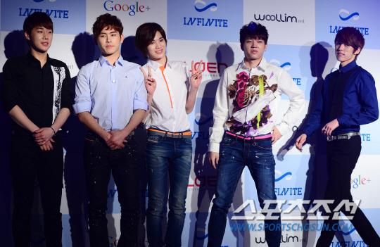 130321 記者會 新聞圖(SG&Hoya&SJ&WH&SY) (2)