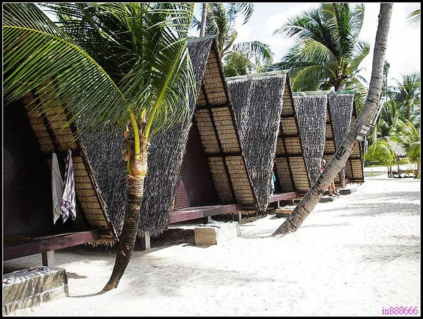 nEO_IMG_我覺得這也是貧民版的夢幻海邊小屋.jpg
