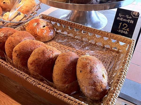 0510 樂田麵包屋- 特價麵包
