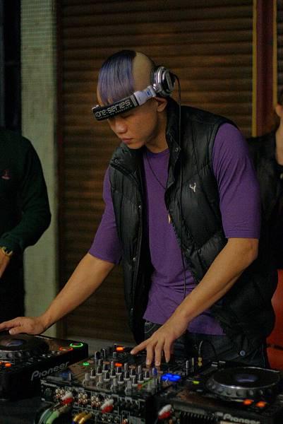 素人DJ:Tyson