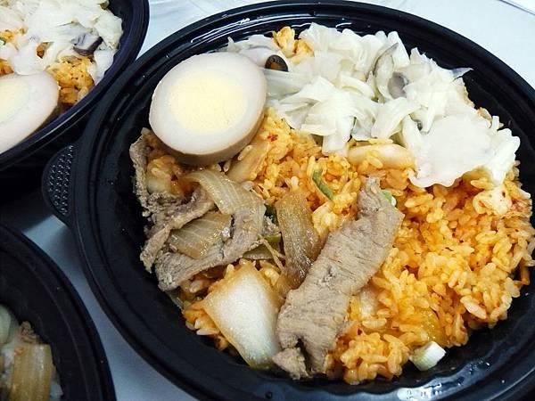 0512 饗宴精緻石頭火鍋- 泡菜炒飯