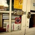 DOOR05.jpg
