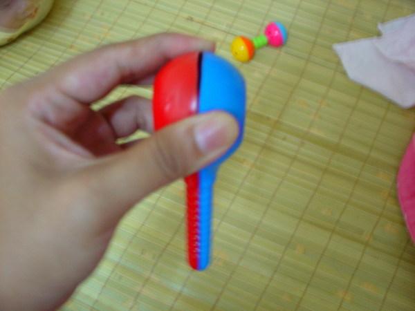 2006-08-28  SCHNAPPI的玩具摔破了@@