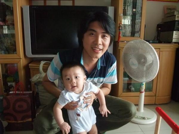老張與寶貝兒子