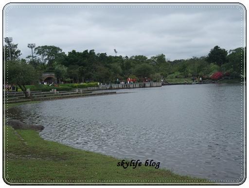虹明湖.JPG