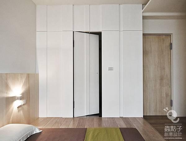 room Xinhua 1St-043.jpg