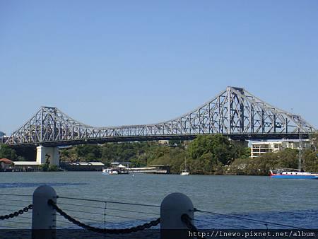 布里斯本大橋